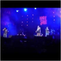 Embedded thumbnail for Karamelo Santo: Reggaeland 2013 (Płock) 12.07.2013