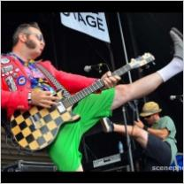 Embedded thumbnail for Reel Big Fish - Take on Me (Music Video w/ Live Footage from Warped Tour 2013)