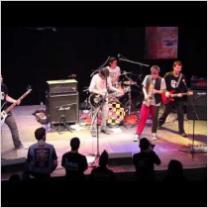 Embedded thumbnail for Banda Jachis en directo con montatuconcierto.com